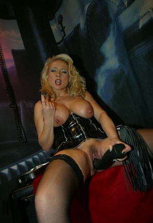Huge-chested blondes Herrin Vivia & Lady Jones display sex fucktoys in fetish wear