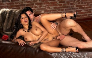Molten brunette Mariah Milano uncovers her nice tits while seducing her man