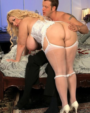 Obese woman with massive baps gets fucked on her wedding night