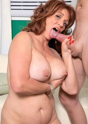 Sheri Fox with wet cootchie bailed on work and went to the employer for fucking