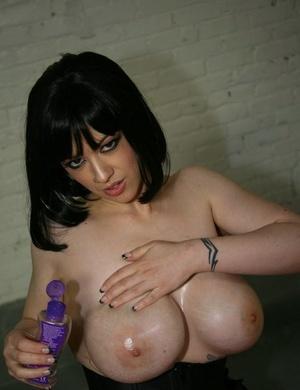 Big titted girl Larkin Love drools out jizz after a POV hand job