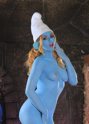 Cosplay honey Lexi Belle flaunts big blue tits while dressed in smurf costume
